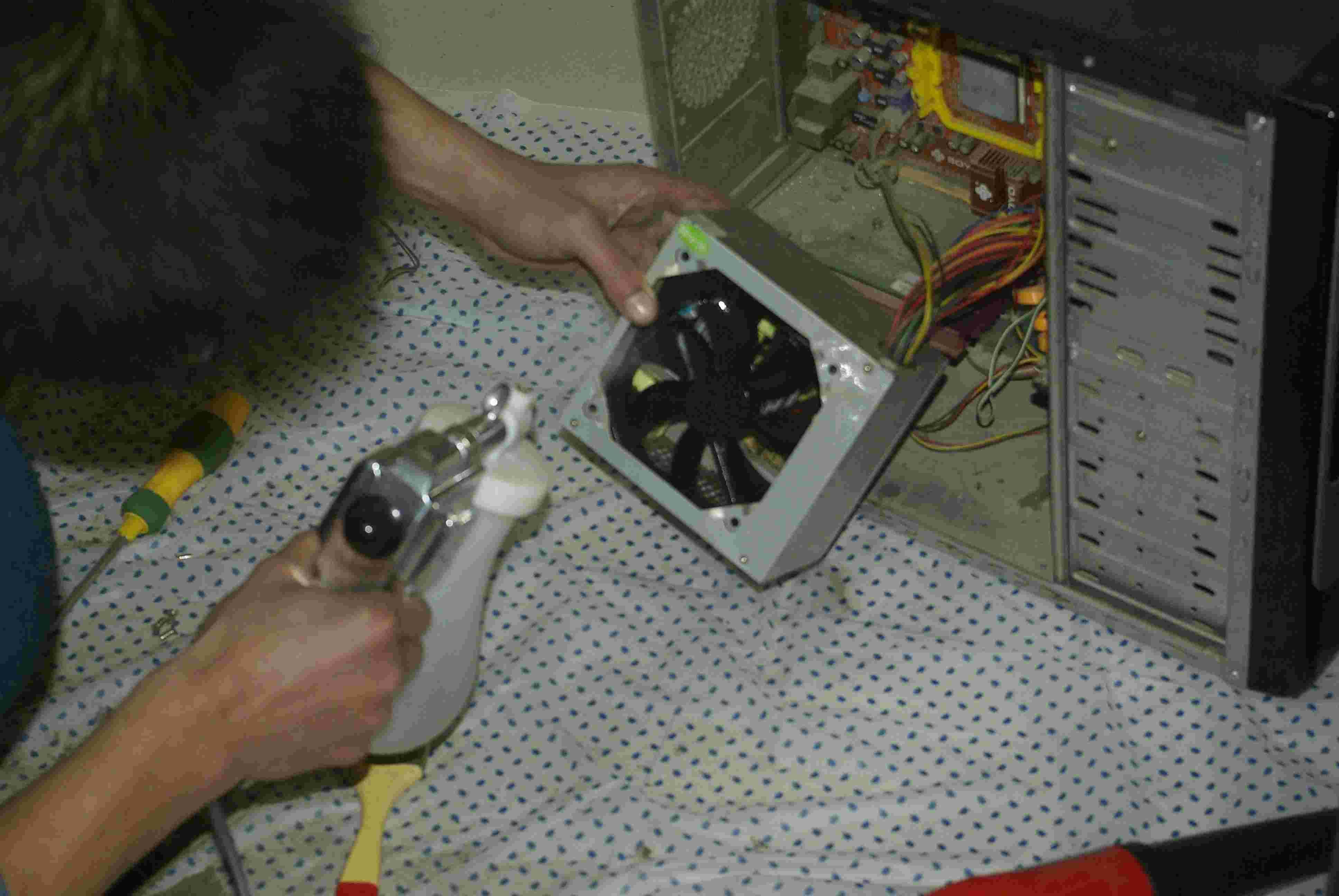 清洗电脑的步骤